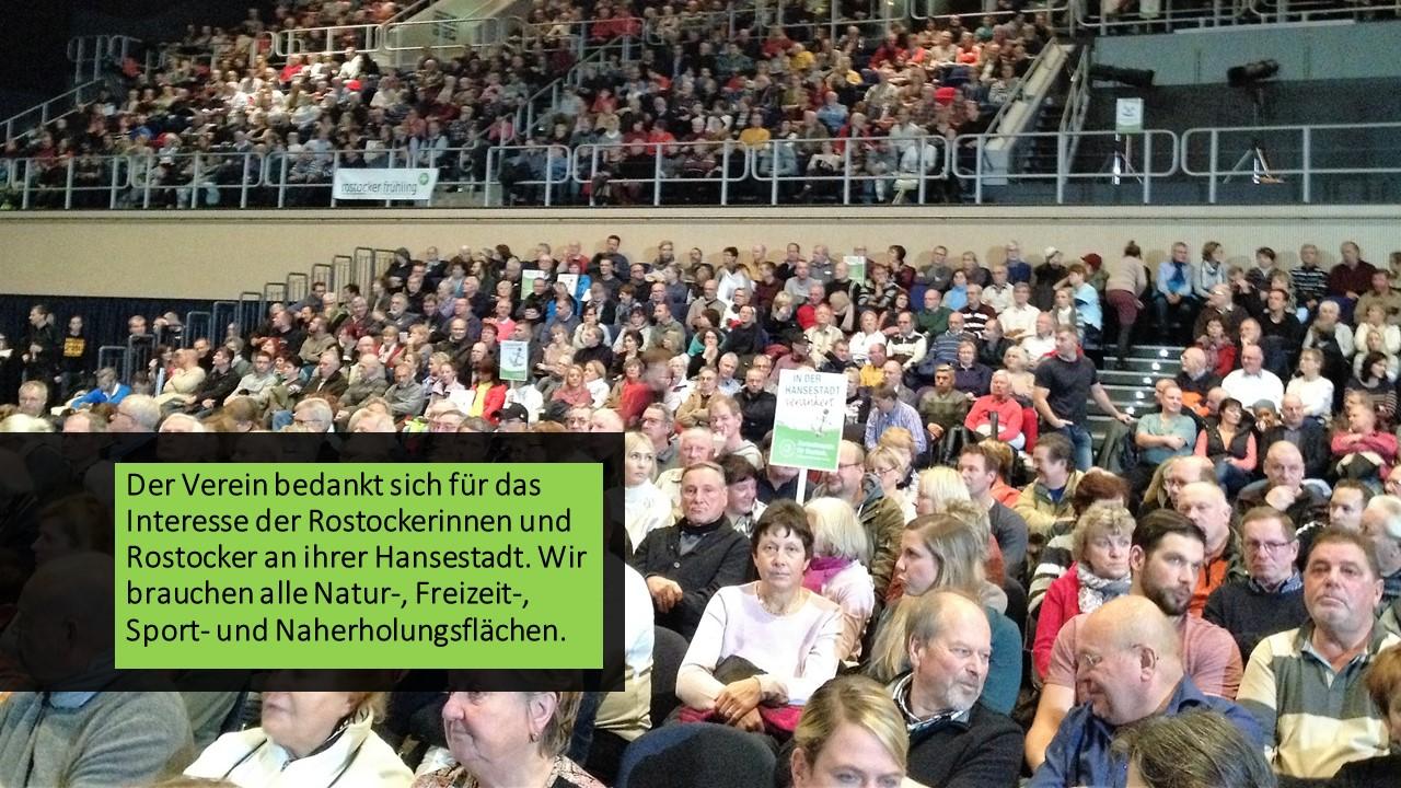 Mehr als 2.000 Rostocker waren zur Informationsveranstaltung